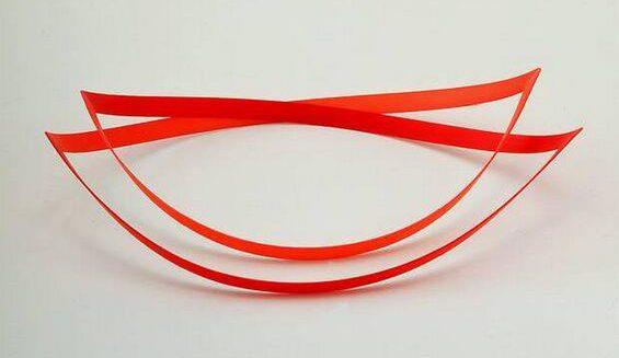 Emmy van Leersum, halssieraad, 1982-84. Collectie Design Museum Den Bosch, kunststof