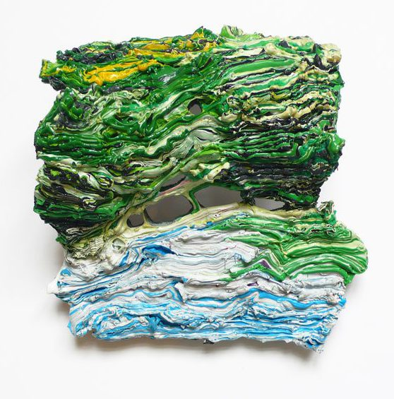 Ineke Heerkens, Laagland, broche, 2011, kunststof, metaal