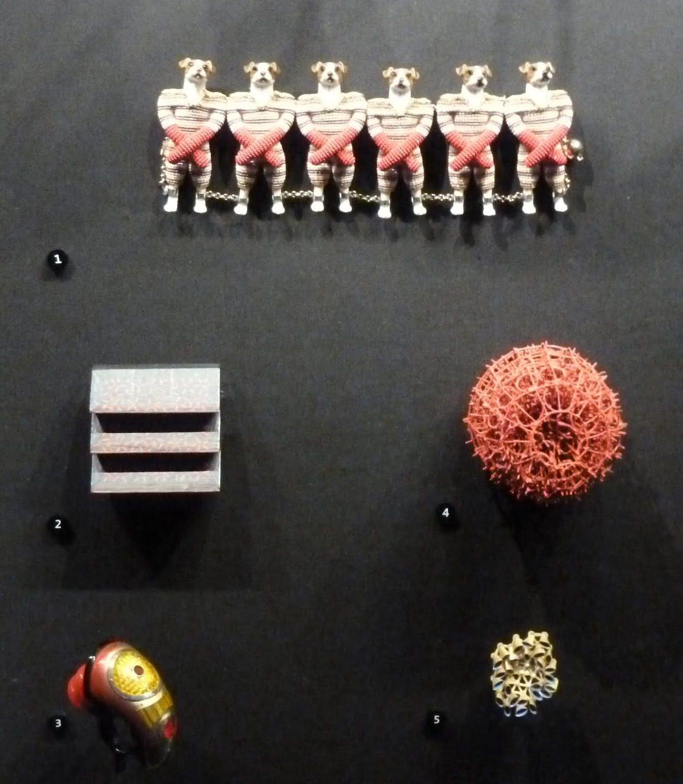 Van der Leest (1) en Chang (3), Dittlmann (4) in V&A. Foto Galerie Rob Koudijs