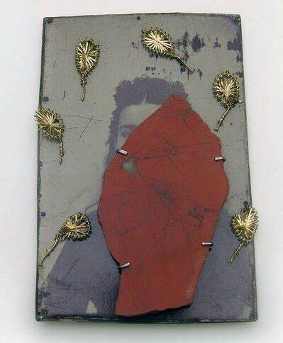 Bettina Speckner, Broche nr. 11, 2007. Collectie Design Museum Den Bosch, metaal, steen