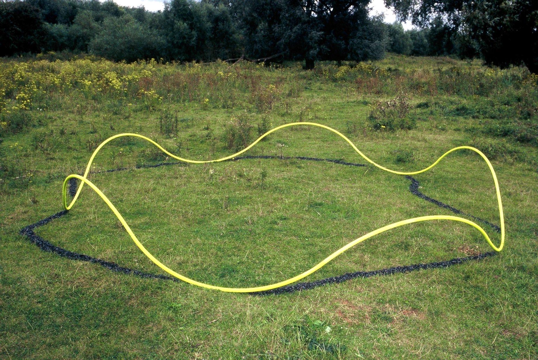 Maria Hees, Schaduwcollier groot, 1999, beeldhouwwerk