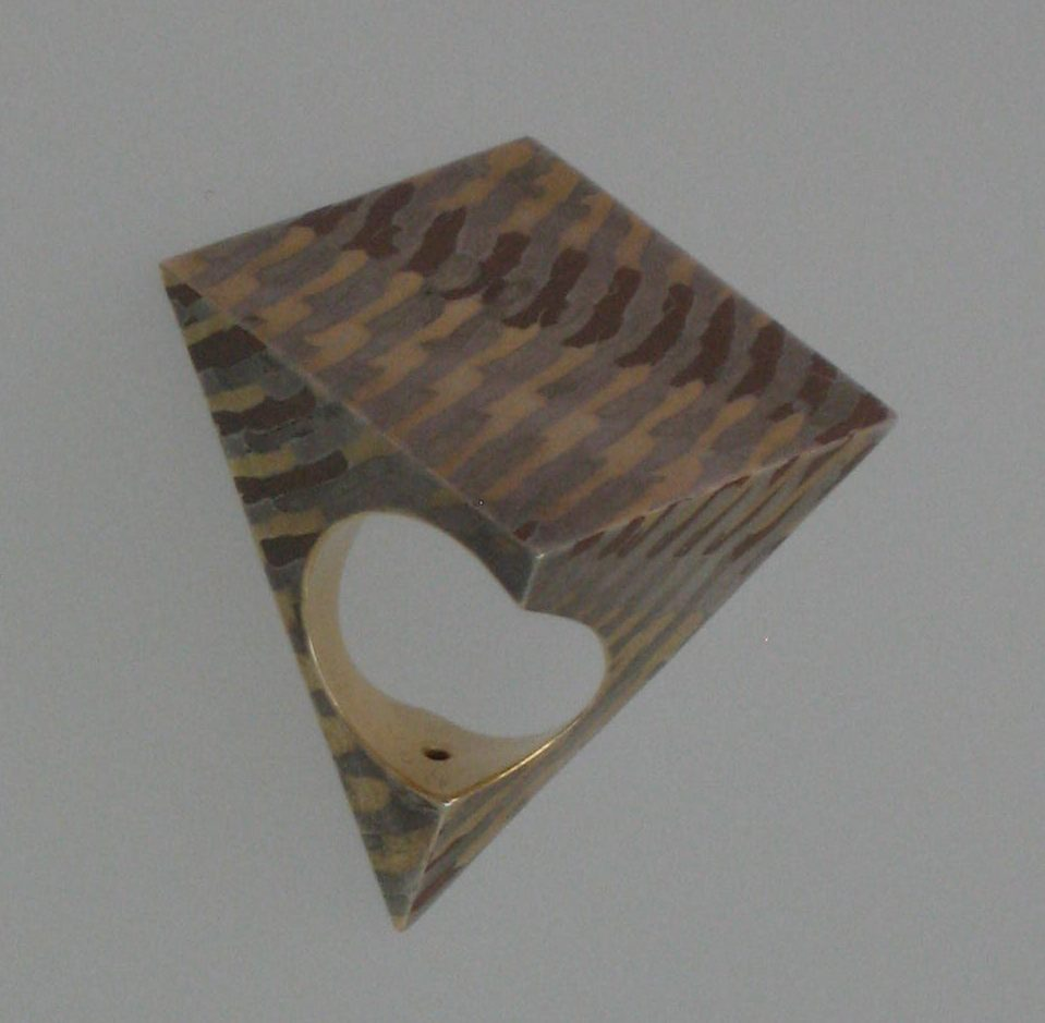 Francesco Pavan, ring, 1994. Collectie Bollmann, metaal