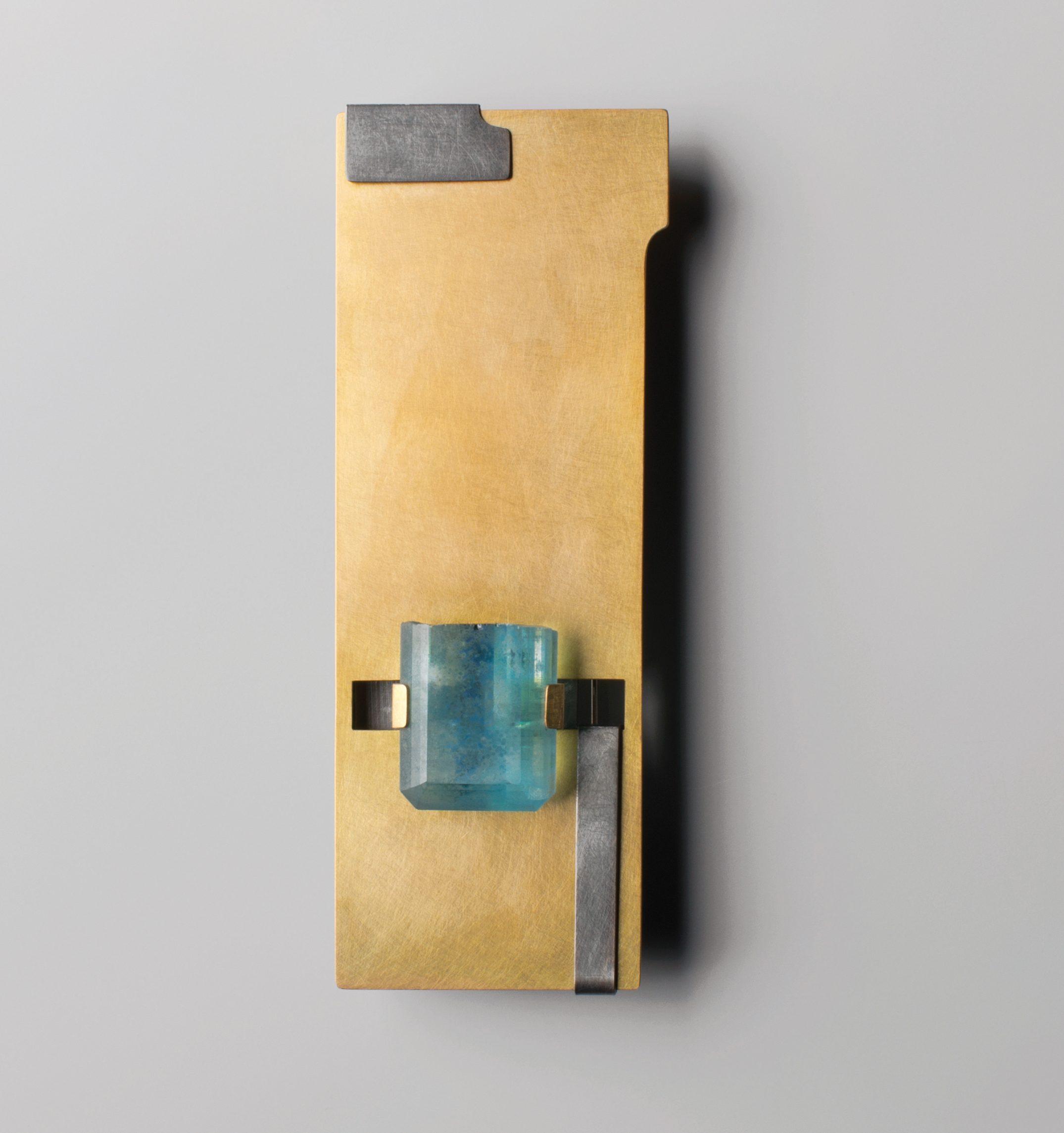 Ute Eitzenhöfer, broche, Unikate - Schmuck Pforzheimer Gestalter. Foto met dank aan Deutsches Goldschmiedehaus, David Fischer©