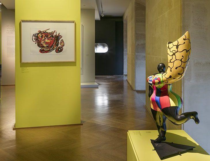 Niki de Saint Phalle. De Calder à Koons, 2018. Foto met dank aan Musée des Arts Décoratifs Parijs, Luc Boegly©