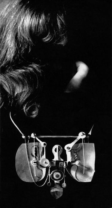 Hermann Jünger, halssieraad, 1968. Foto met dank aan Die Neue Sammlung, Adolf Vrhel©