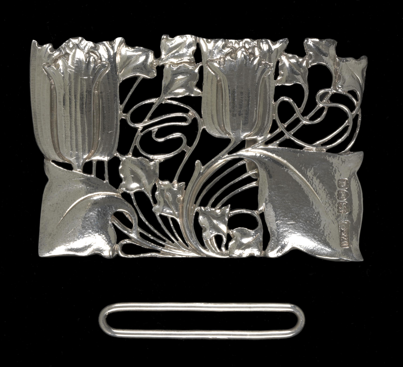 Archibald Knox voor Liberty & Co, ceintuurgesp, 1899-1900, zilver