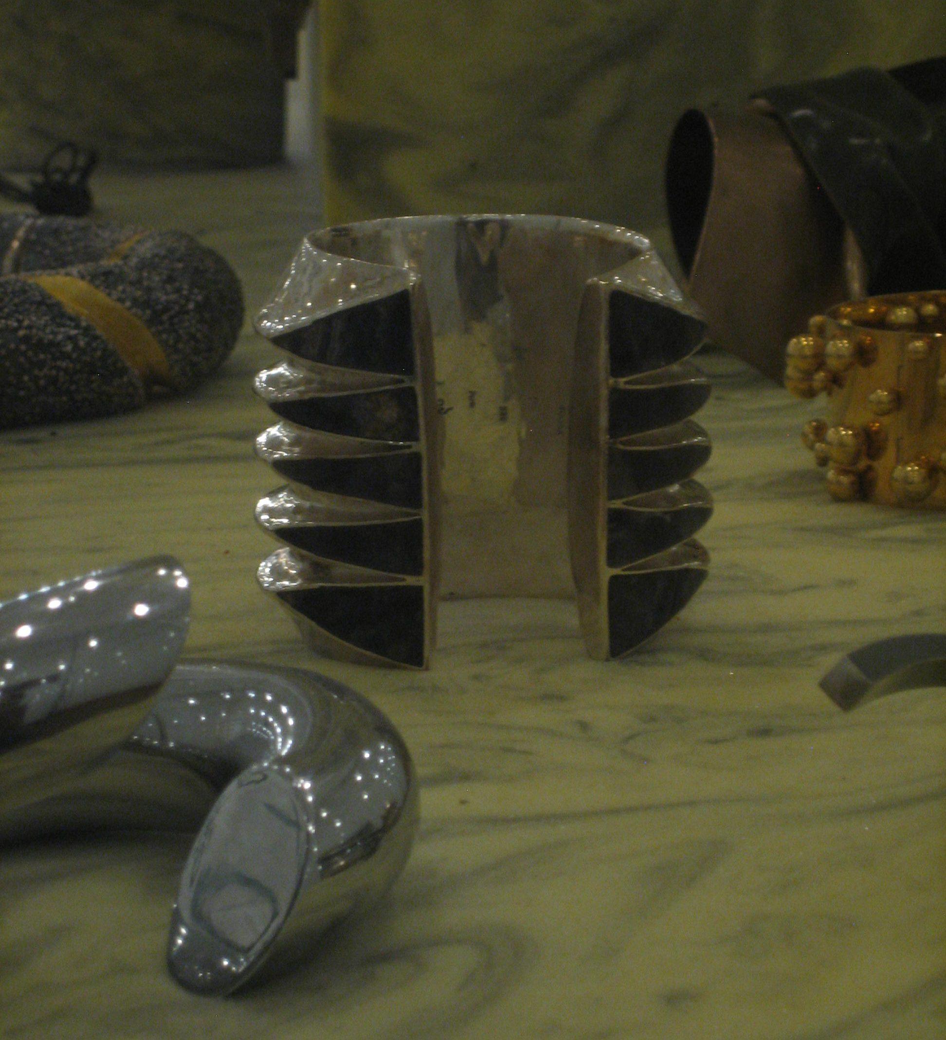 Goudji, armband, 2016. Collectie S. Thierry-de Saint Rapt. Foto Esther Doornbusch, 23 november 2018, CC BY 4.0