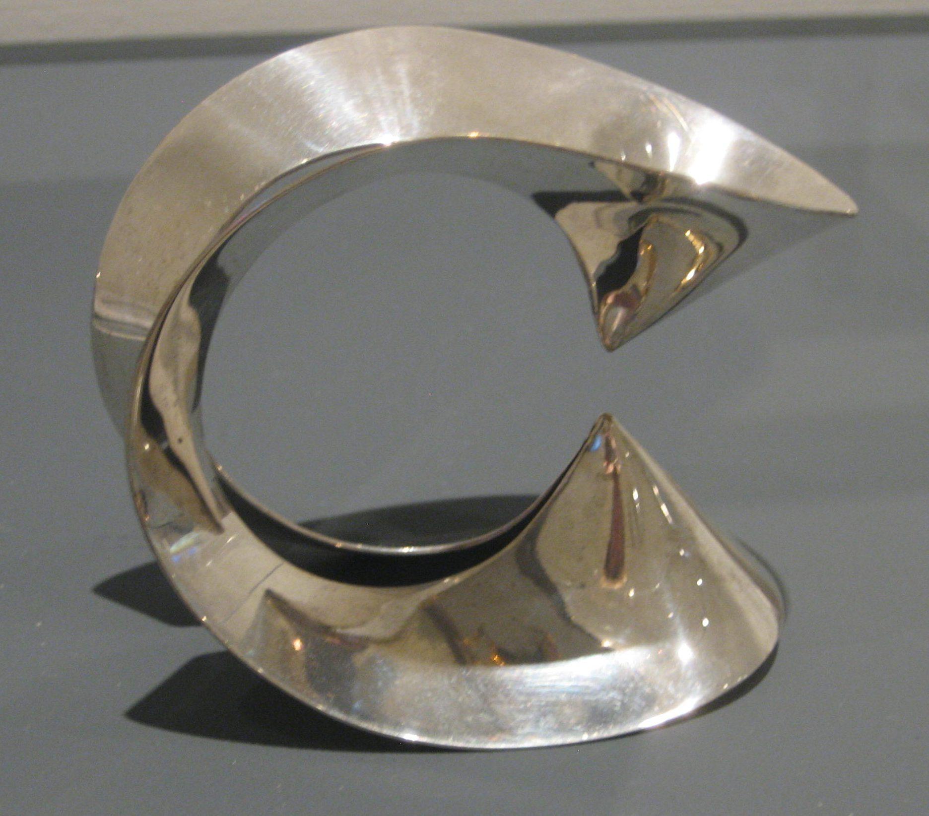 Emmy van Leersum, armband, 1965, zilver