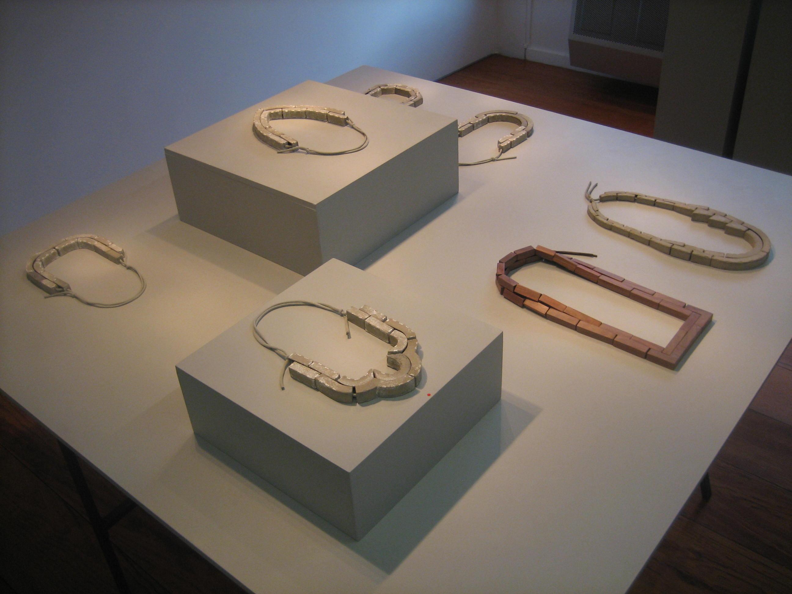 Samira Goetz, Reversed Arches, Galerie Rob Koudijs, 2019. Foto Esther Doornbusch, CC BY 4.0