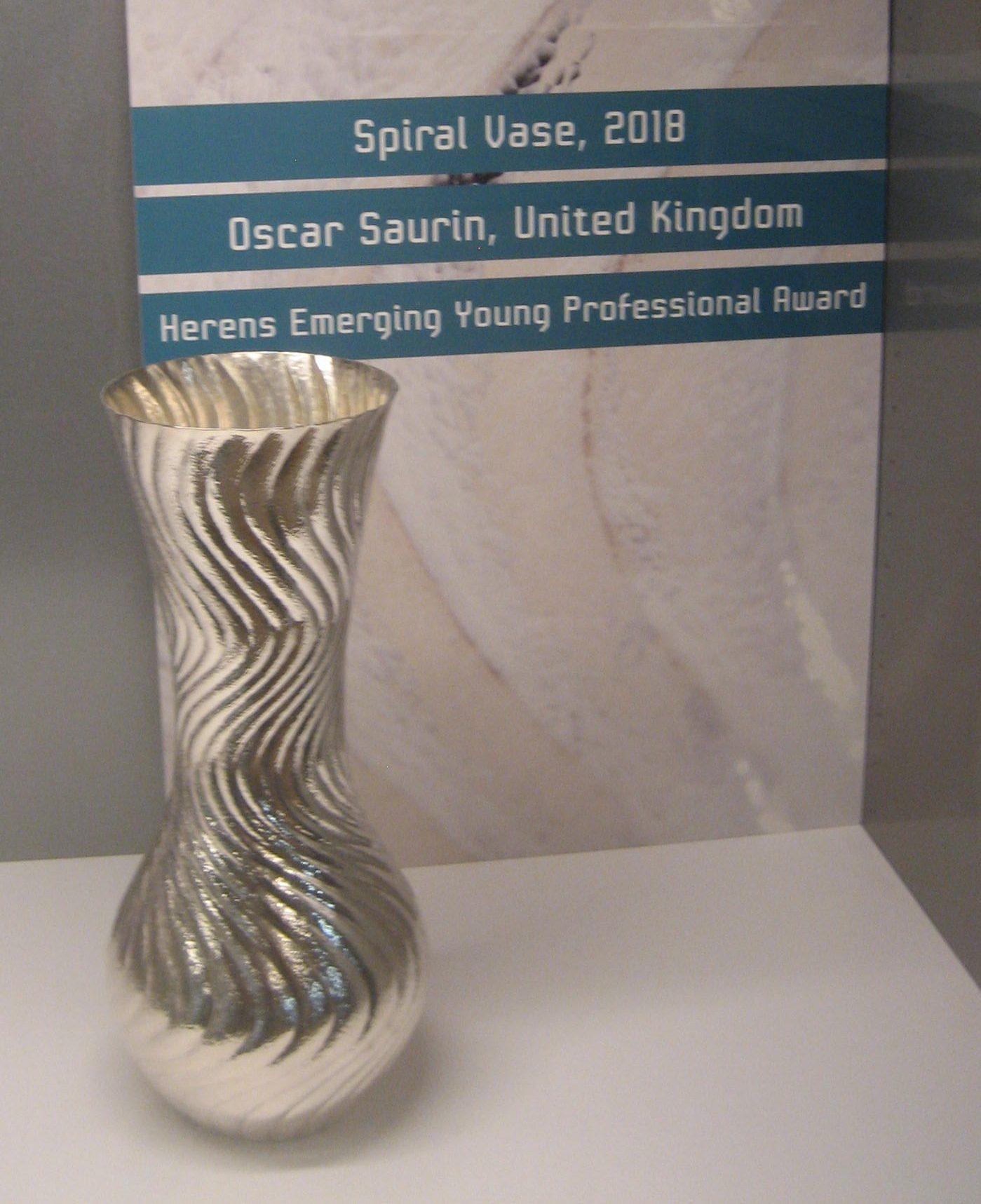 Oscar Saurin, Spiral Vase, 2018. Foto Esther Doornbusch, 29 maart 2019, CC BY 4.0