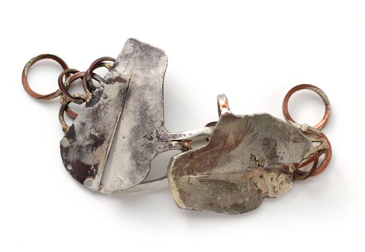 Rudolf Kocéa, Teichblätter, armband, 2014. Foto met dank aan Galerie Marzee©