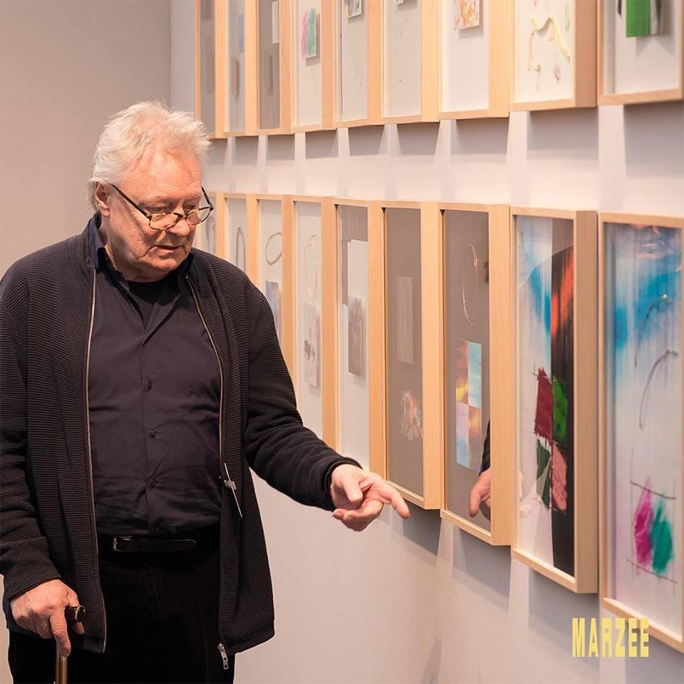 Robert Smit bij zijn werk, PAN, Amsterdam, november 2018. Foto met dank aan Galerie Marzee©