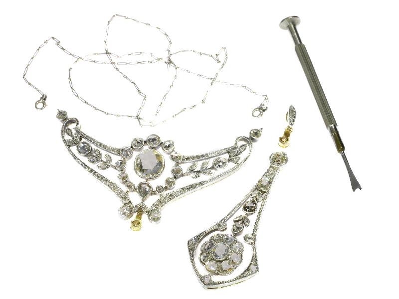 Wolfers, halssieraad, circa 1890, foto Adin Antwerpen, metaal, diamanten