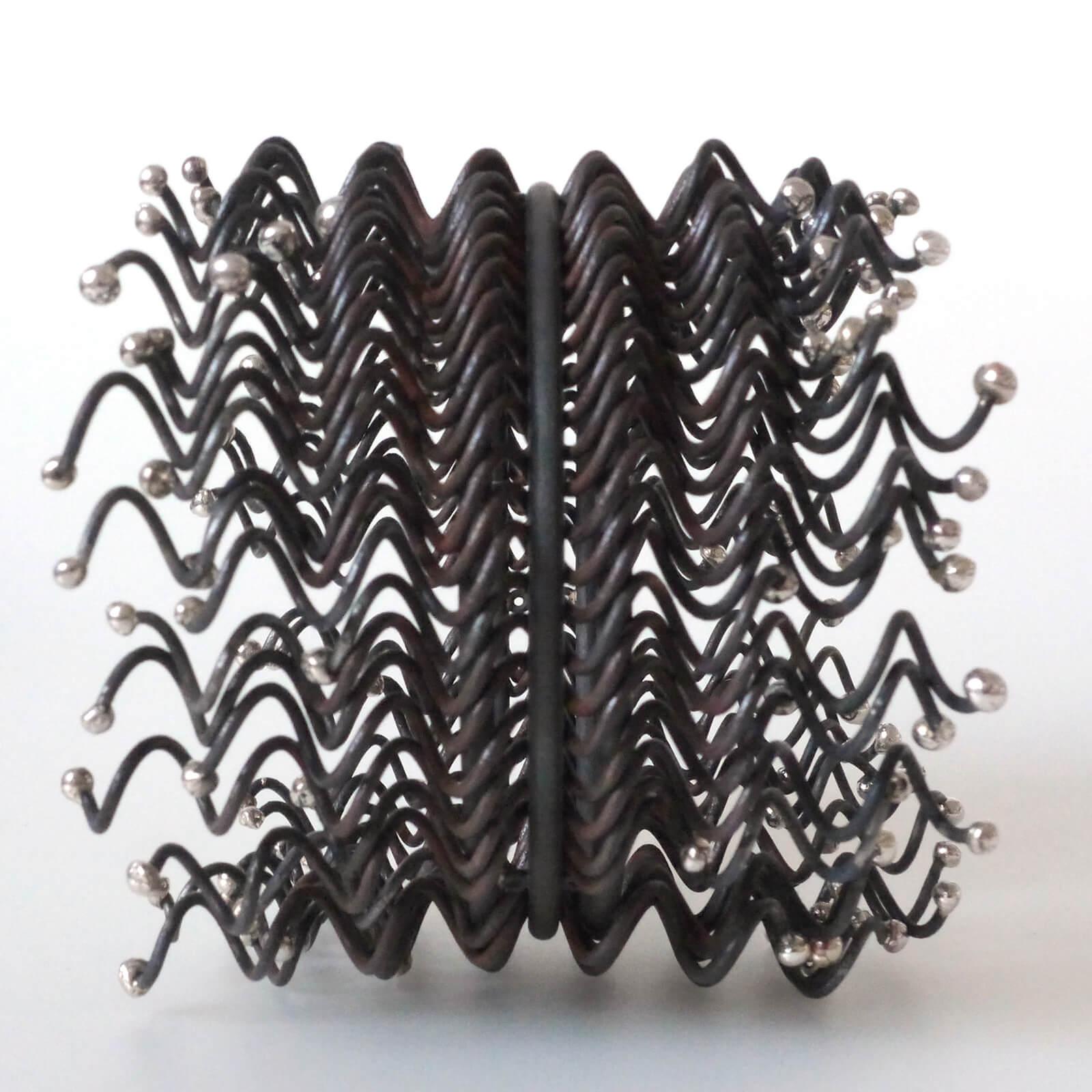 Marianne Anselin, armband, ijzer, zilver