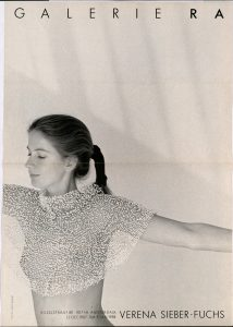 Ra Bulletin 37, december 1987, voorzijde met foto van Theo Baart© met halssieraad van Verena Sieber-Fuchs, papier, drukwerk