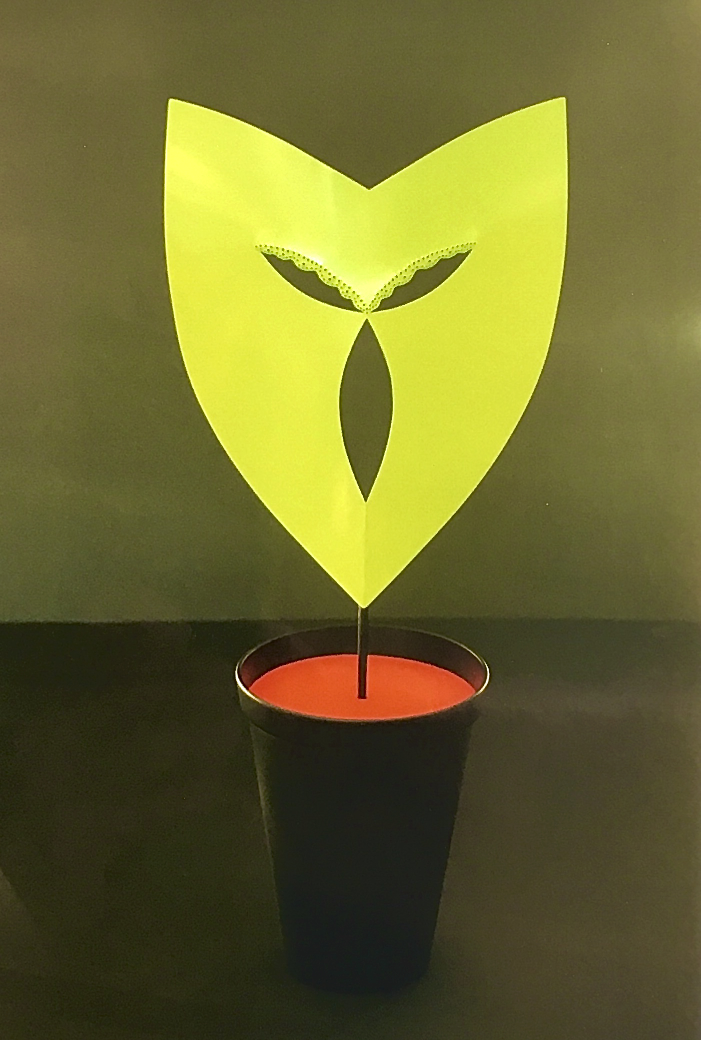Birgit Laken, Potmasker voor in het raamkozijn, 2001, 25 Jaar Ra Maskerade, brons, koper, acryllak