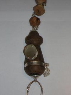 Chequita Nahar, halssieraad, Cross Over, 2006, metaal