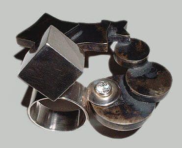 Ben Wisman, ring, 2006, metaal, steen