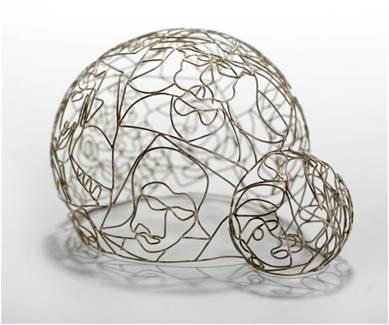 Vered Kaminski, Soap Bubbles, oorsieraad, 2007, alpaca