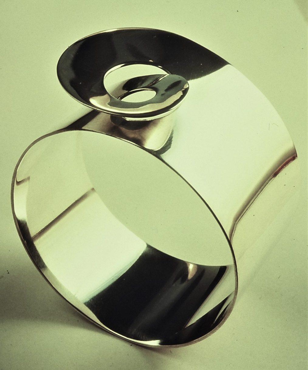 Nicolaas van Beek, armband, 1969, zilver