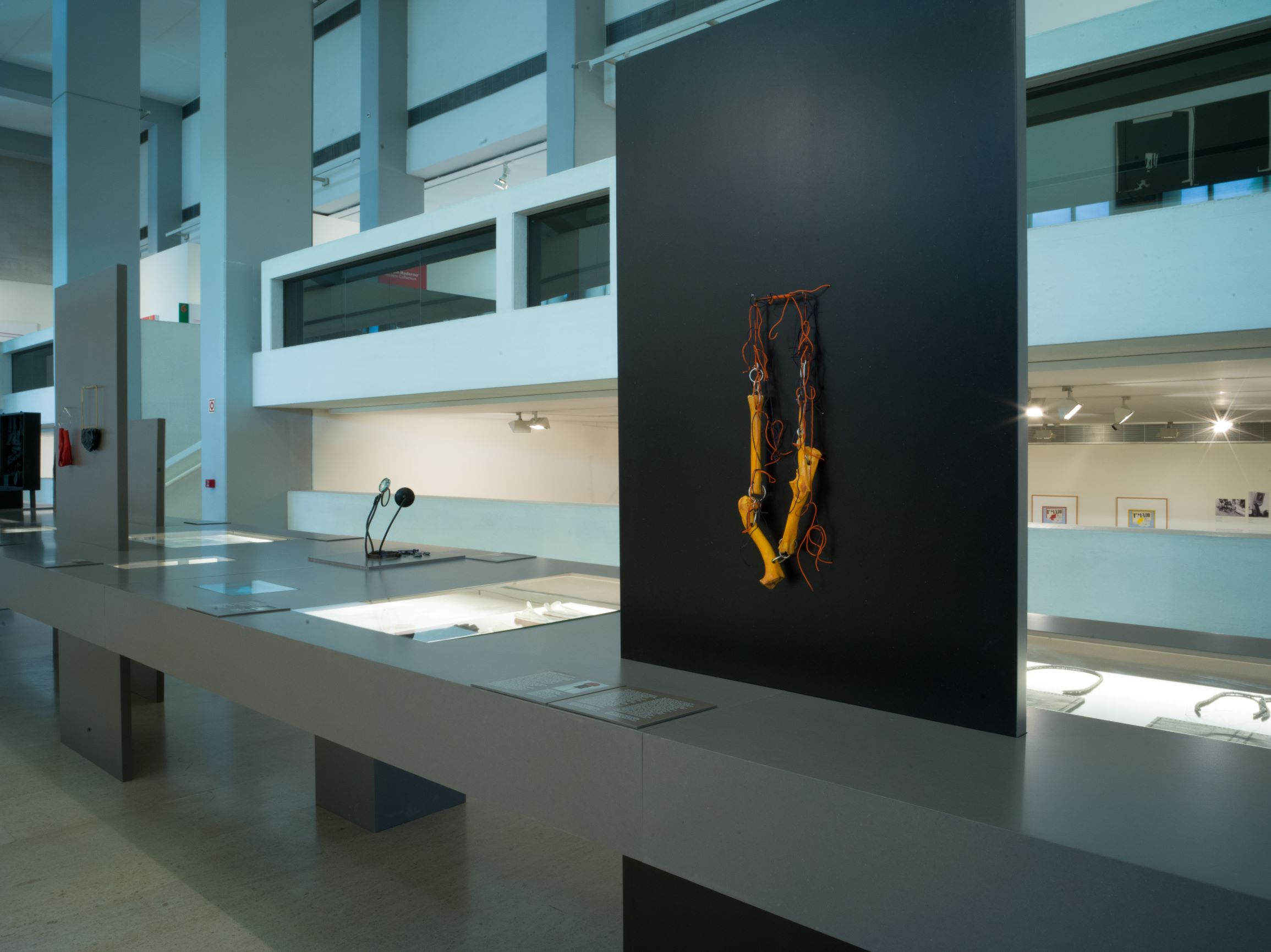 Contemporary Jewellery in Portugal/Joalharia Contemporânea em Portugal, 2019. Foto Catarina Gomes Ferreira, tentoonstelling
