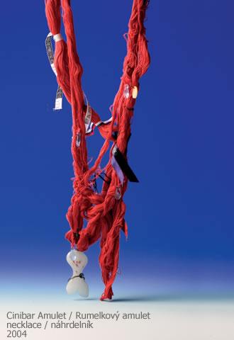 Karol Weisslechner, Cinibar Amulet, halssieraad, 2004