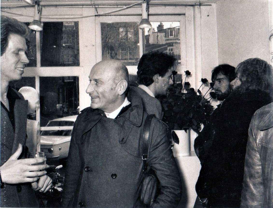 5 Jarig jubileum Galerie Sierraad, 1974: Hans Appenzeller, Benno Premsela, Evert van Straaten en Frans van Nieuwenborg, portret
