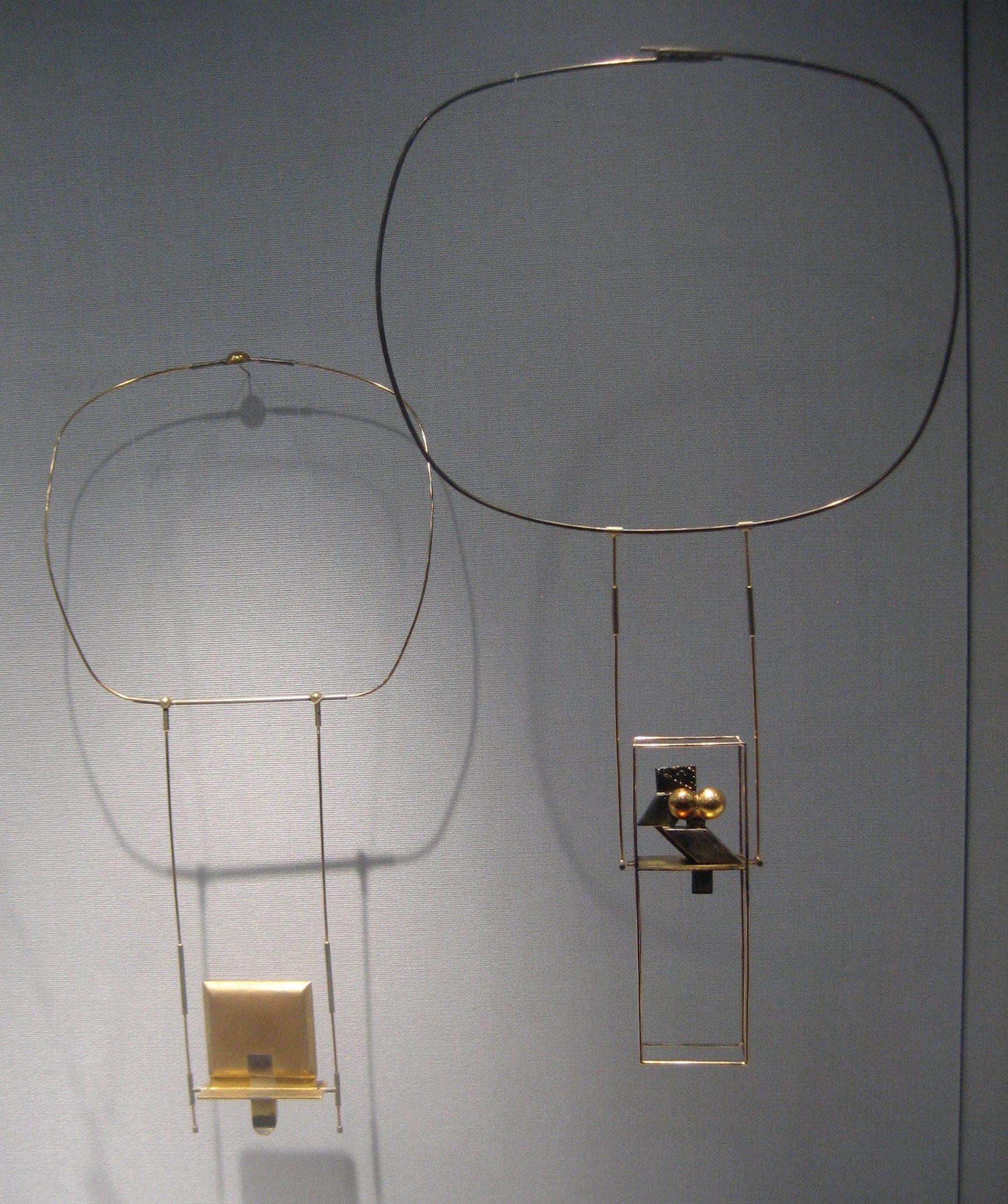 Reinhold Reiling, halssieraden, Schmuckmuseum Pforzheim. Foto Esther Doornbusch, mei 2019