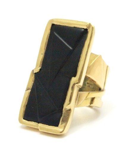 Rena Koopman, ring, goud, door Dieter Lorenz geslepen onyx