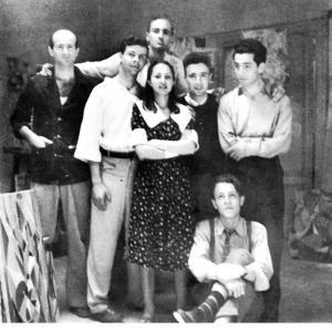 Links Pietro Consagra, rechtsonder Piero Dorazio, Gruppo Forma 1, Rome, 1947, groepsportret