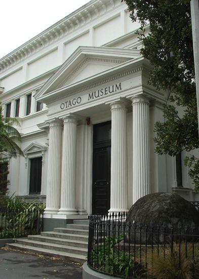 Otago Museum, 2007. Foto James Dignan, gebouw, gevel, exterieur, entree