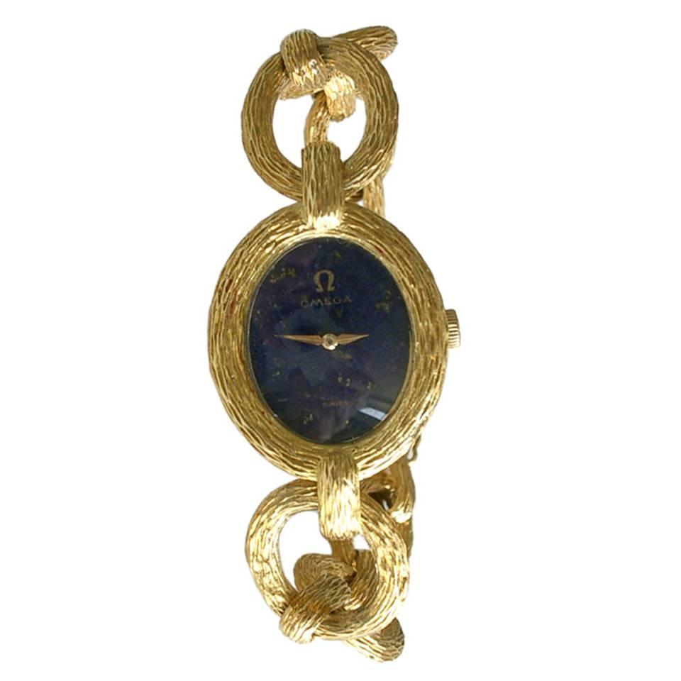 Roy King voor Omega, horloge, circa 1965. Foto Kimberly Klosterman, goud, lapis lazuli