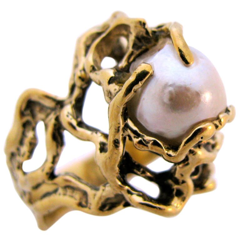 Arthur King, ring, circa 1960. Foto Kimberly Klosterman, parel, goud