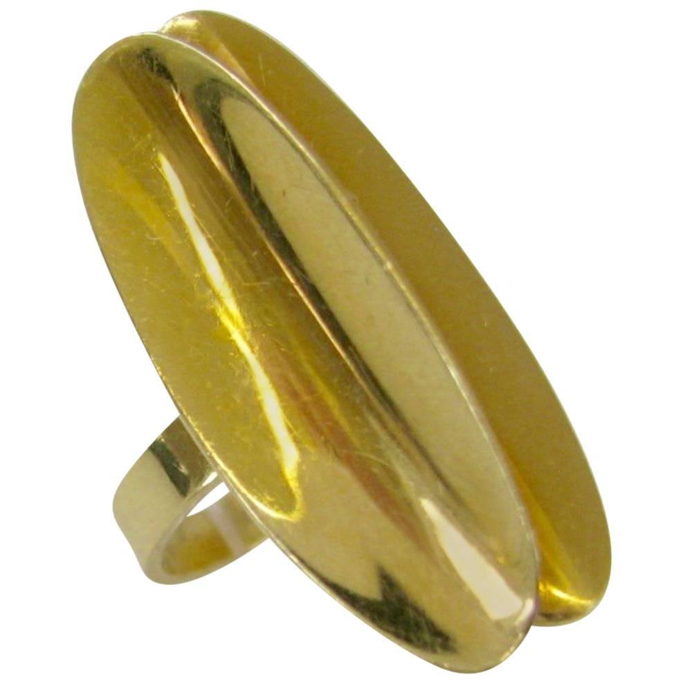 Ring, circa 1970. Foto Kimberly Klosterman, goud