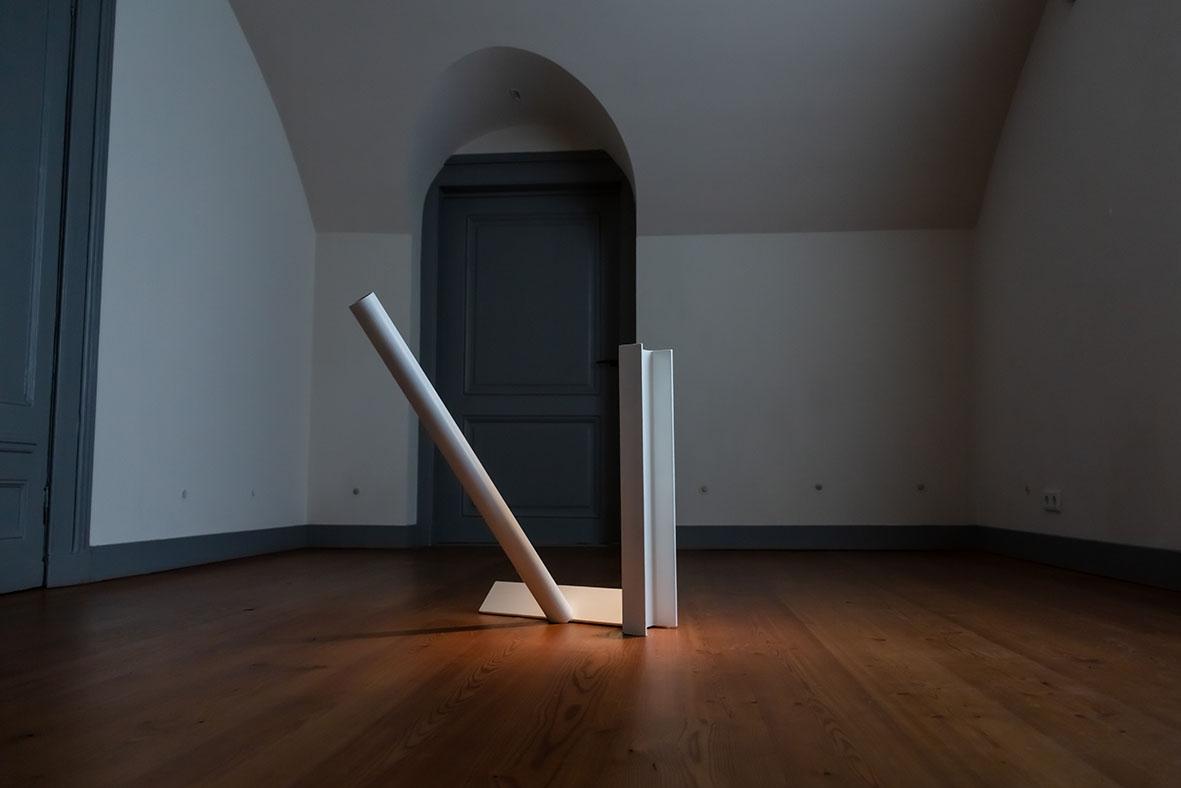 Piet Tuytel, sculptuur. Buiten, Paviljoen Welgelegen, Haarlem, 2021. Foto Aldo Smit
