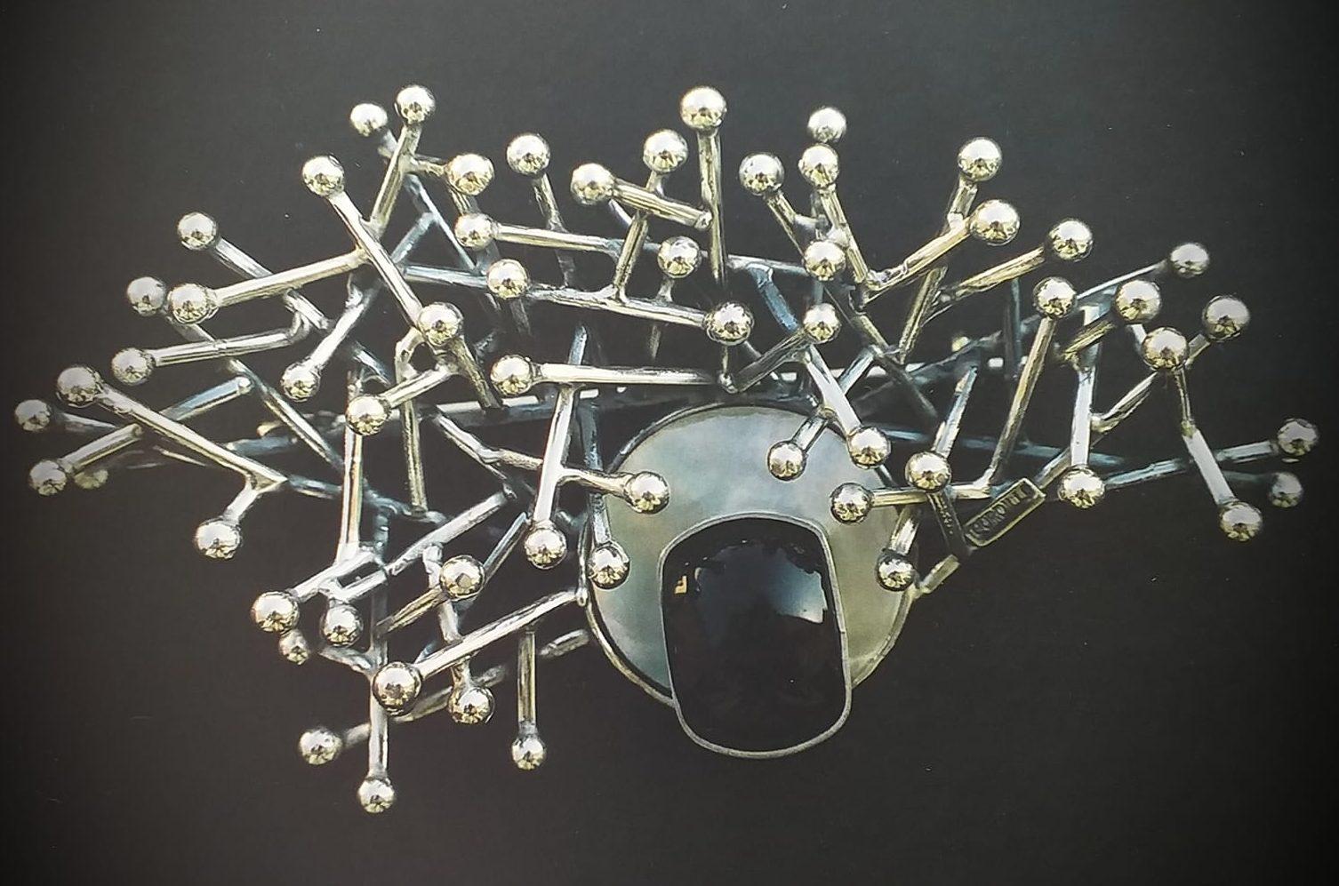 Alberto Gordillo, broche, zilver, parelmoer, onyx