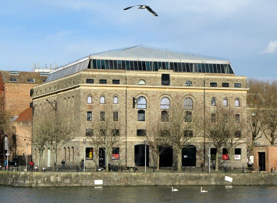 Arnolfini, Bristol. Foto Adrian Pingstone, museum, gebouw, exterieur