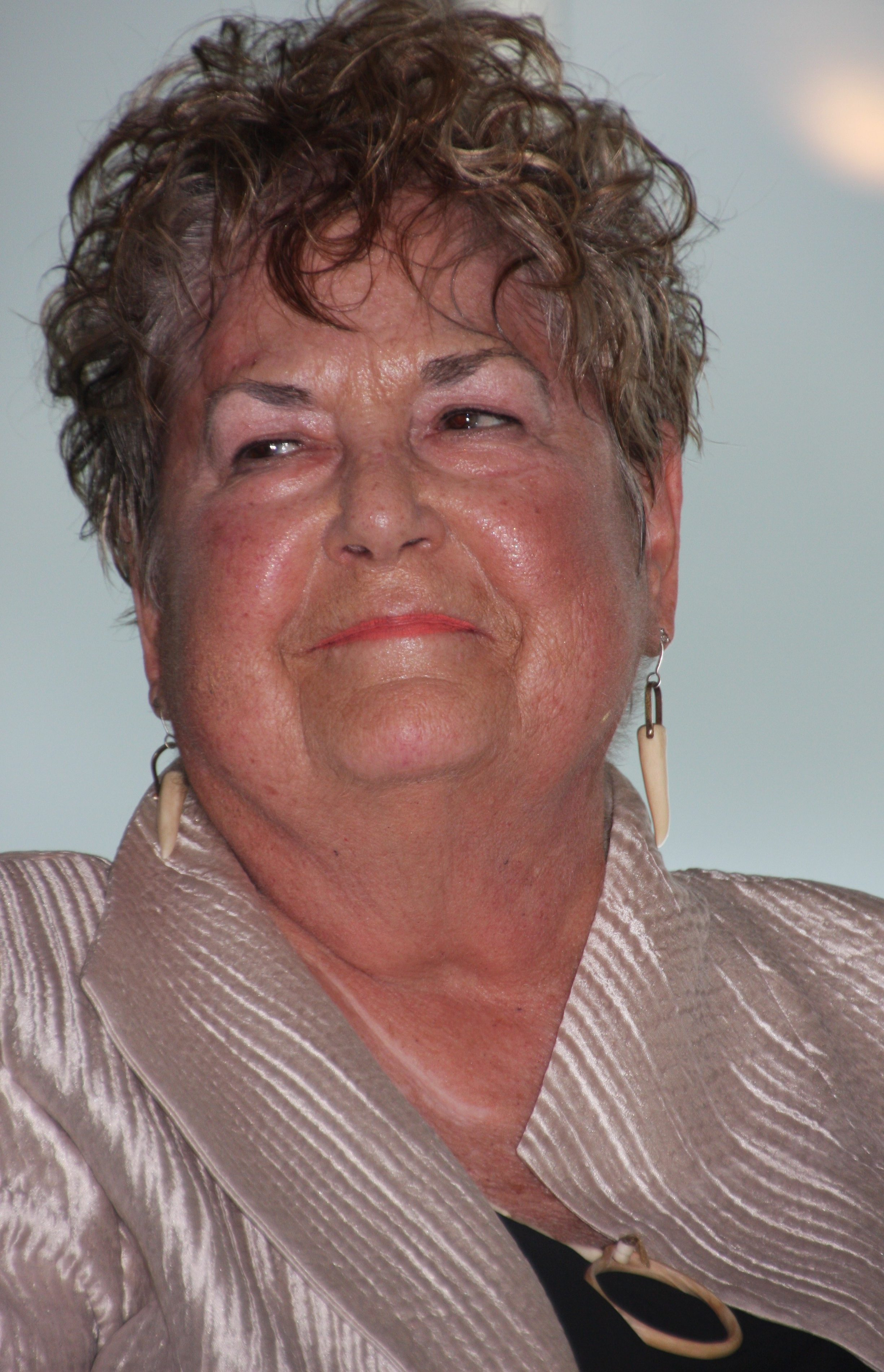 Judy Onofrio, Foto Jonathunder, portret, oorsieraden