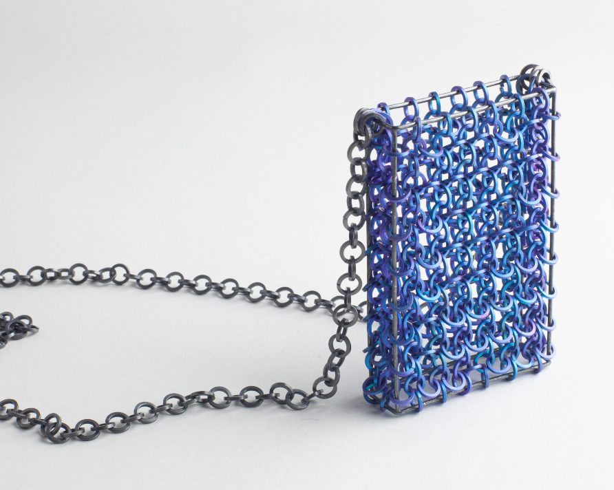 Carlier Makigawa, Linked Pendant, halssieraad, 2020, titanium, zilver