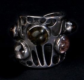Gerda Flöckinger, #21 ring, zilver, toermalijnen, granaat
