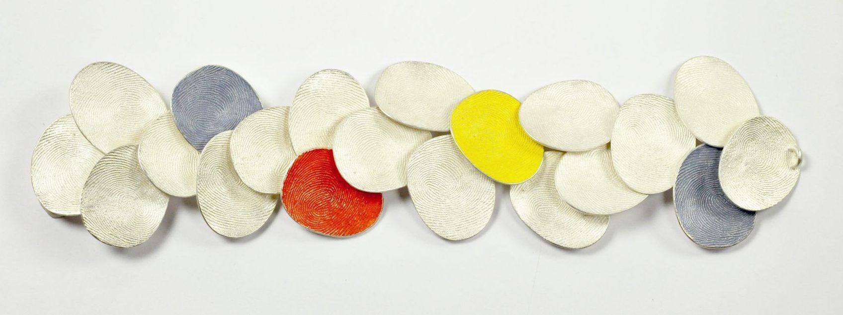 Gerd Rothmann, Baedeker im Schmuck, armband, 2021, zilver, pigment