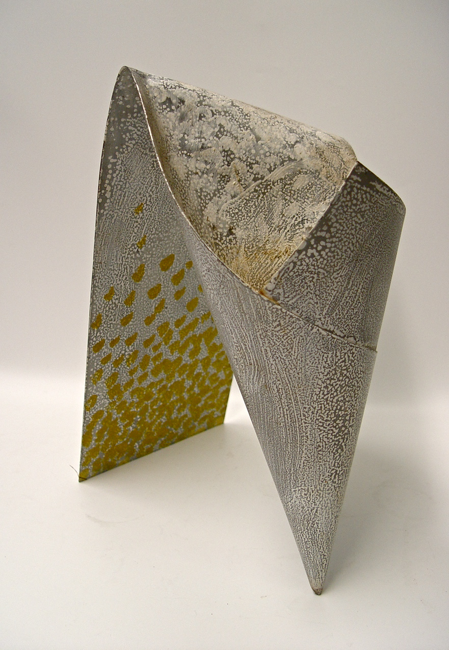 Berend Peter, vaas, 1987, zink, acrylverf