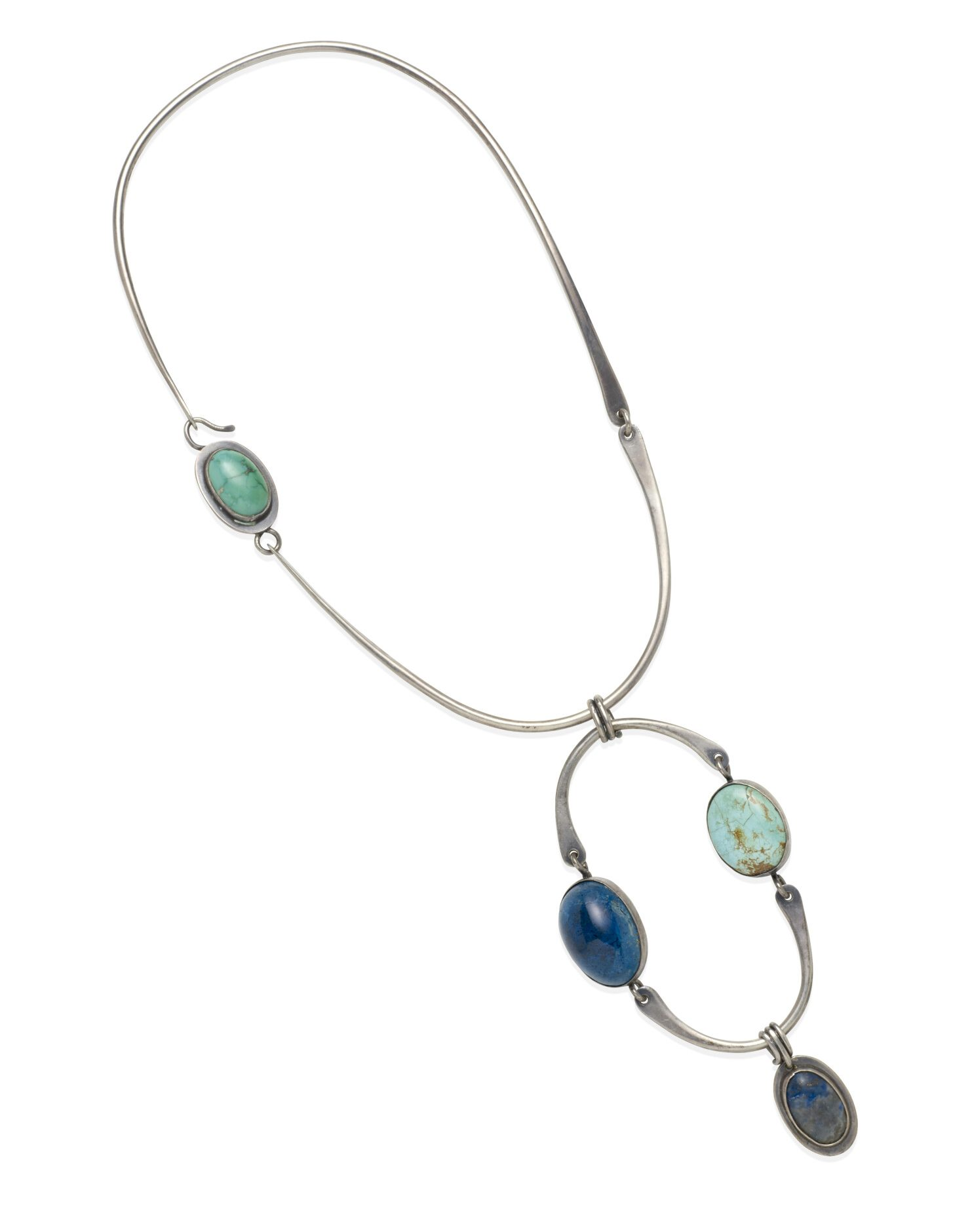 Art Smith, halssieraad. Collectie Jill & Byron Crawford. Foto Bonhams, zilver, turkoois, lapis lazuli
