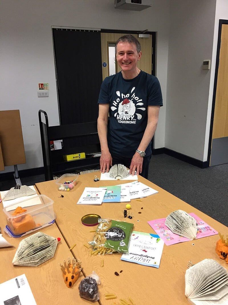 Children's books | Henry the Hedgegnome |Richard Heddington making hedgehogs