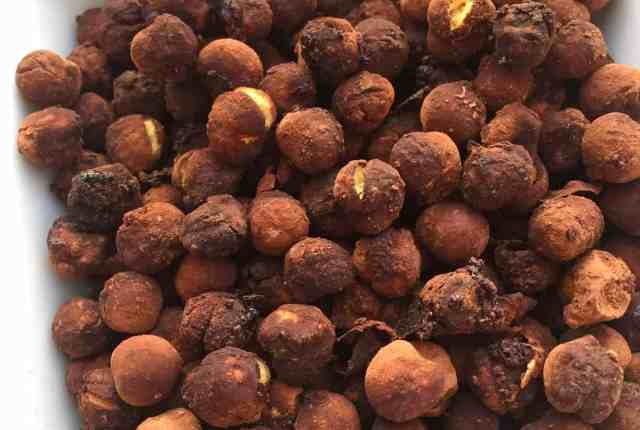 Chocolate roasted chickpeas recipe