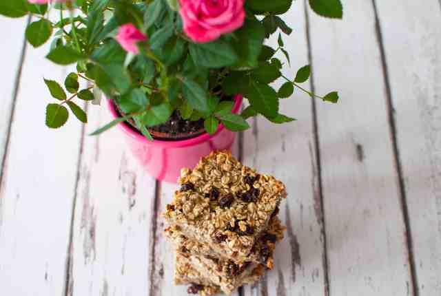 Healthy breakfast bar recipe   Hedi Hearts Clean Eating