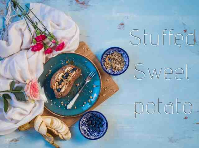 Stuffed breakfast sweet potato recipe is an easy, filling, healthy breakfast recipe that's perfect to serve at breakfast time, brunch, afternoon snack or include in your weekly meal prep. Its' #glutenfree, #vegan #dairyfree and #paleo friendly too!