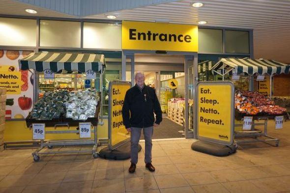 Donovan Cooke arrives at 7.43am