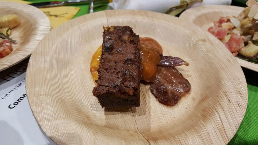 Caramelized Bacon and Mango Brownies in miami mango festival brunch