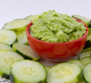 Lemon Garlic Edamame Hummus